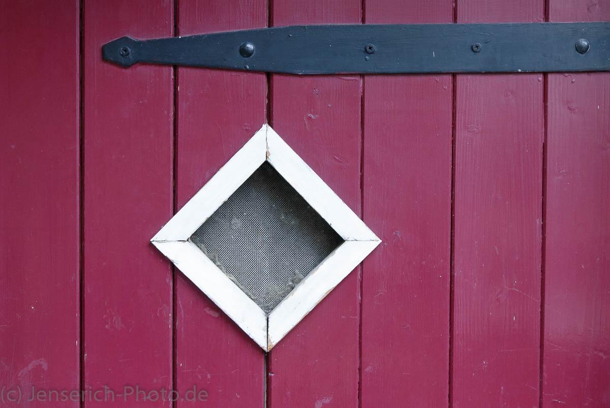 Tür einer Hütte in Hattingen